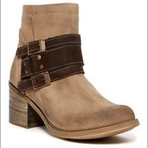 Bed Stu Awaken 6.5 suede ankle boots
